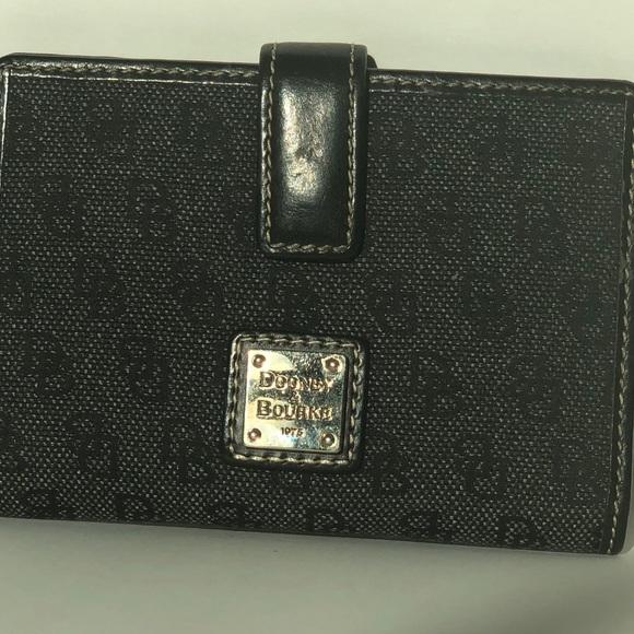 Dooney & Bourke Handbags - Black Dooney & Bourke Wallet